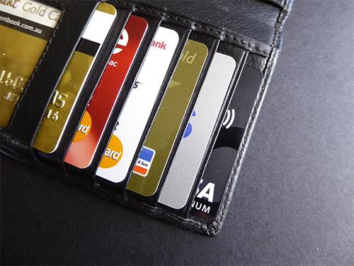 Kredittkort uten årsavgift? Vi har oversikten.