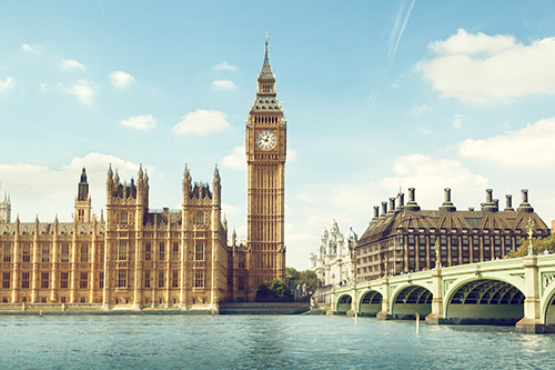 Drar du til London nå har du i prinsippet 3000 kroner mer å rutte med enn på samme tid i fjor