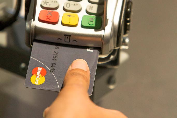 MasterCard lanserer fingersensor for betalingskort